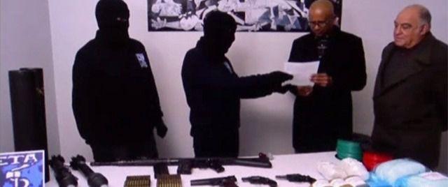 ETA entrega en Bayona las coordenadas de todo su arsenal de armas