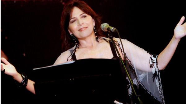 María Lavalle define con su mejor música 'El orgullo del sur frente a la arrogancia norteña'