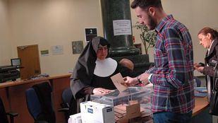 Una primavera electoral: cuatro papeletas que depositar en las urnas entre abril y mayo