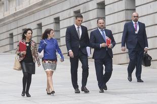 Pedro Sánchez, José Luis Ábalos, Adriana Lastra y Margarita Robles, en la moción de censura