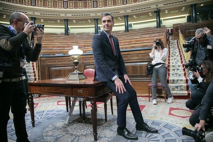 Sánchez asegura formar un gobierno de 22 ministros para