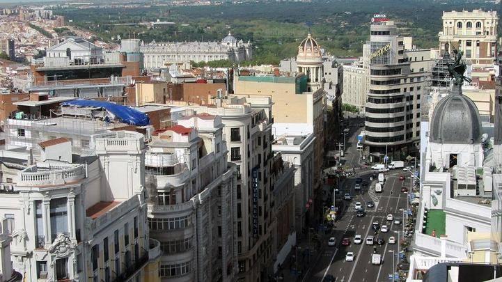 El número de coches en Madrid aumenta: consejos para tener el tuyo siempre a punto