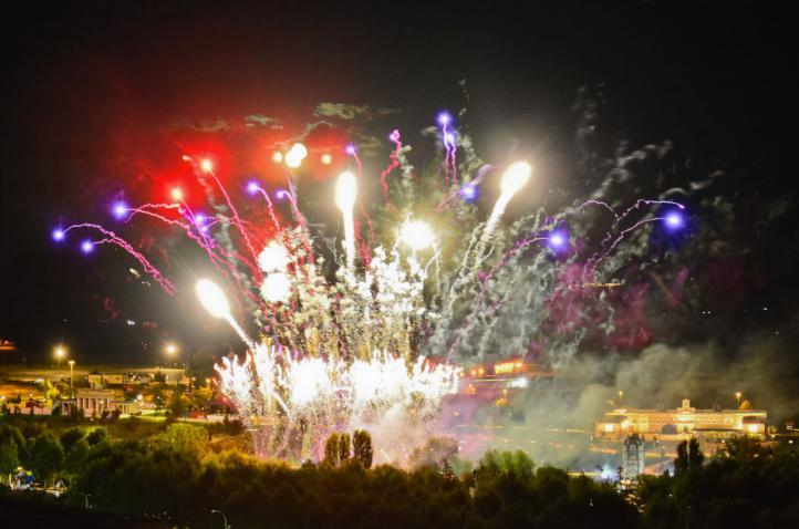 Música y fuegos artificiales para celebrar el cumpleaños del Parque Europa