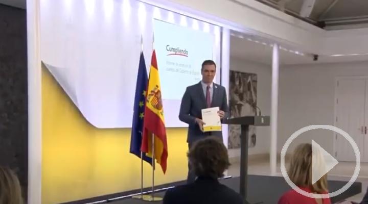 Sánchez hace balance del curso político y saca pecho con la vacunación