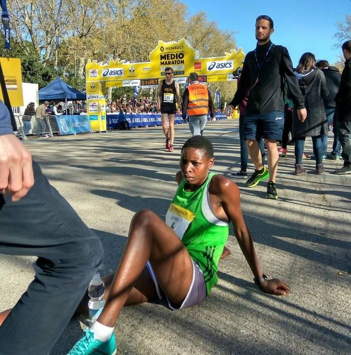 Joy Kemuna Loyce, tras ganar en la categoría femenina