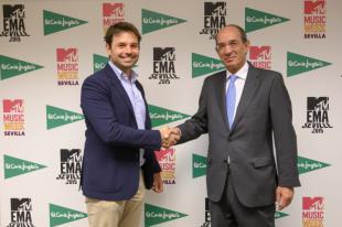 Carlos Martínez, vicepresidente comercial y de acciones especiales de VIMN España_ y José Luis González Besada, director de Comunicación y RRII de El Corte Inglés.
