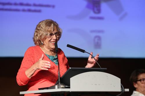 La alcaldesa de Madrid Manuela Carmena en la inauguración del proyecto.