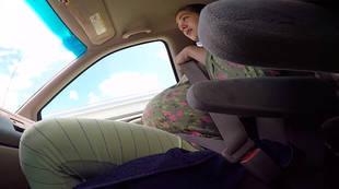 Vídeo: Una mujer da a luz en su coche antes de llegar al hospital