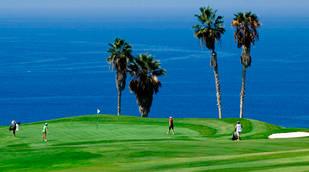 Costa Golf Adeje en Tenerife, jugar con vistas al mar