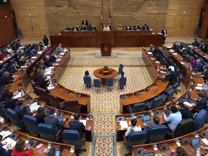El Pleno de este jueves ha empezado con declaraciones por el Día Internacional para la Tolerancia y el Día Universal del Niño