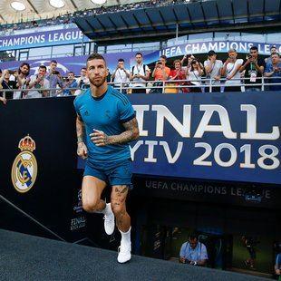 El capitán del Real Madrid, Sergio Ramos, en un entrenamiento previo a la final.