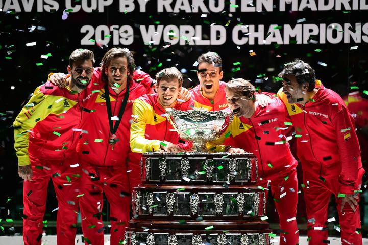 Bautista y Nadal dan la sexta Copa Davis al tenis español