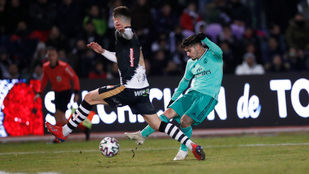 El Real Madrid gana 3-1 al Unionistas de Salamanca en las Pistas del Helmántico.