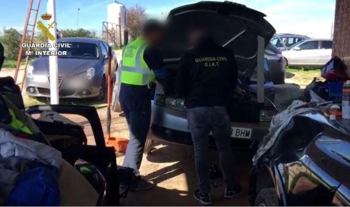Cae una organización dedicada al robo y despiece de coches