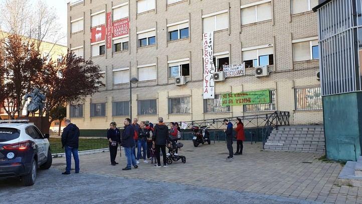 La Policía intenta desalojar a los encerrados en la Escuela de Música de Leganés