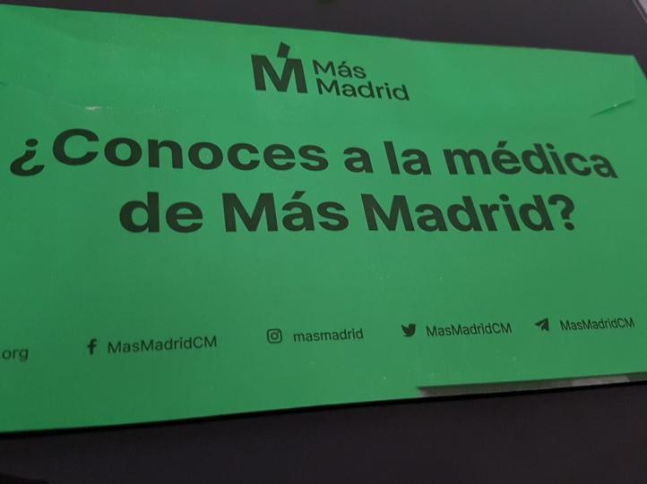 García se presenta en su propaganda electoral como médica y madre centrada