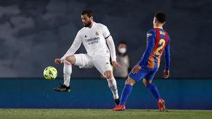 El Real Madrid sale líder de un gran Clásico