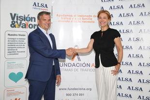ALSA y la Fundación A Víctimas de Tráfico acuerdan fomentar el uso del transporte público