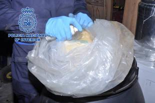 Los GEO asaltan un laboratorio de cocaína en la sierra de Madrid e incautan 22 kilos de droga