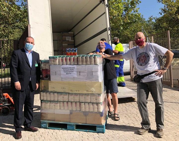 Mercadona dona 3,4 toneladas de alimentos a la Asociación Bocatas - Pasión por el Hombre