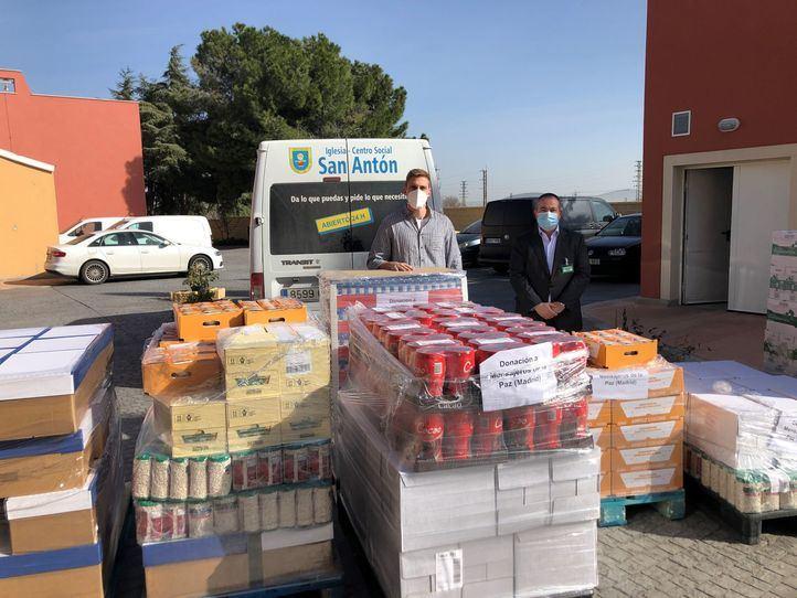 Mercadona entrega alimentos a Mensajeros de la Paz