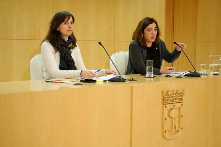 Ana Varela junto a Celia Mayer en una rueda de prensa cuando ambas pertenecían al Área de Cultura y Deportes.