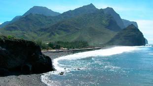 Las Islas Canarias, naturaleza y playa, donde se puede volver a brillar