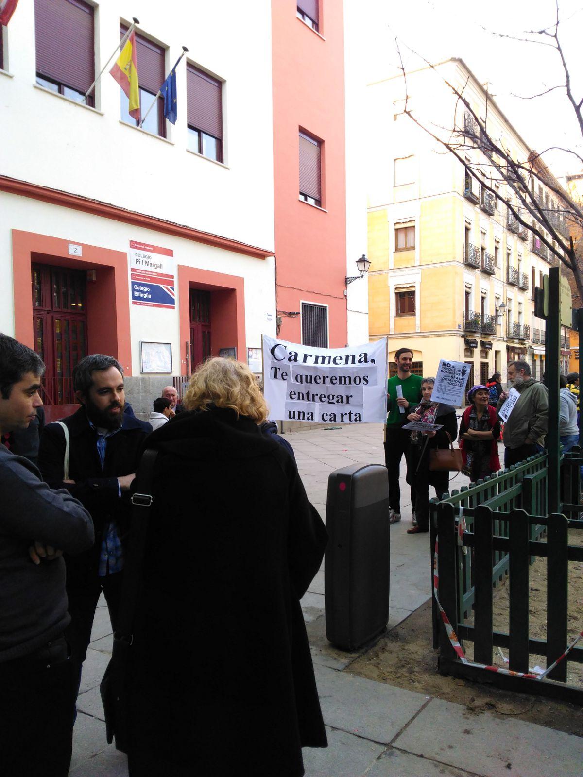 Vecinos piden a Carmena que no se construya el centro polivalente de seguridad en San Bernardo