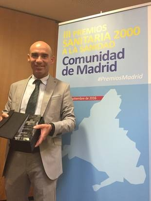 Recogida Premio III Premios Sanitaria 2000