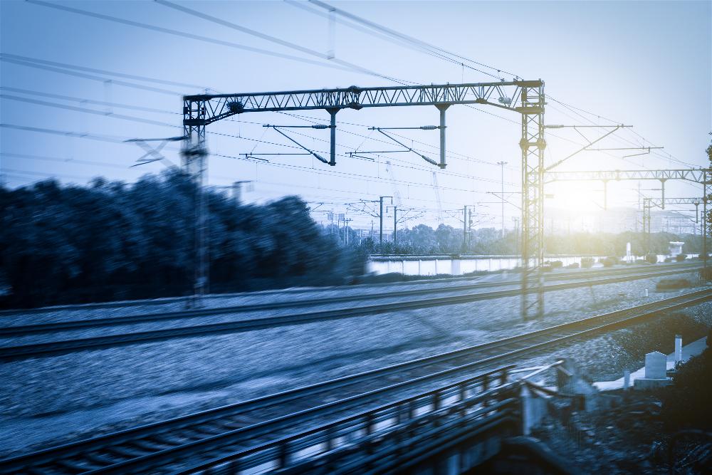 Comprar billetes AVE Madrid Barcelona baratos ahora es más fácil con Trenes.com