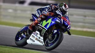 Lorenzo gana el GP de Qatar por delante de Dovizioso y Márquez