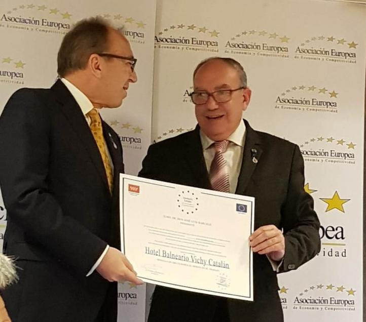 El Hotel Balneario Vichy Catalan, galardonado con la Medalla de Oro al Mérito en el Trabajo