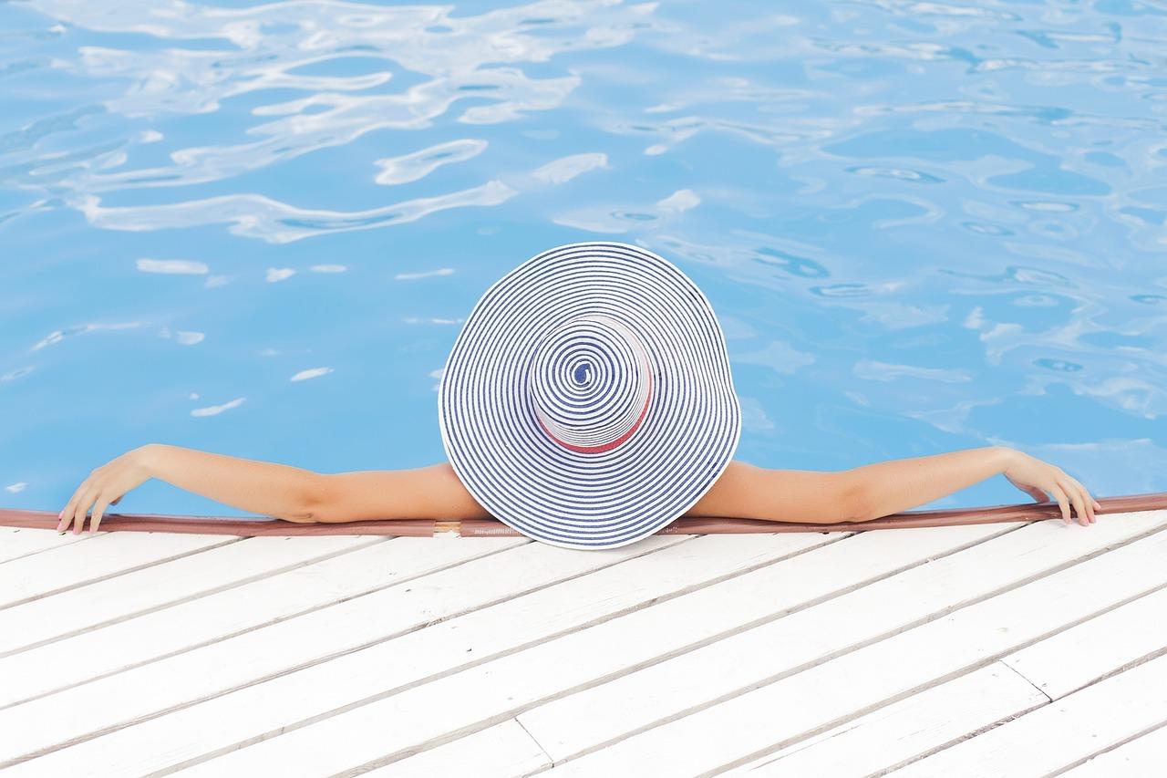 Llega el verano y con ello el aumento en la venta de piscinas online