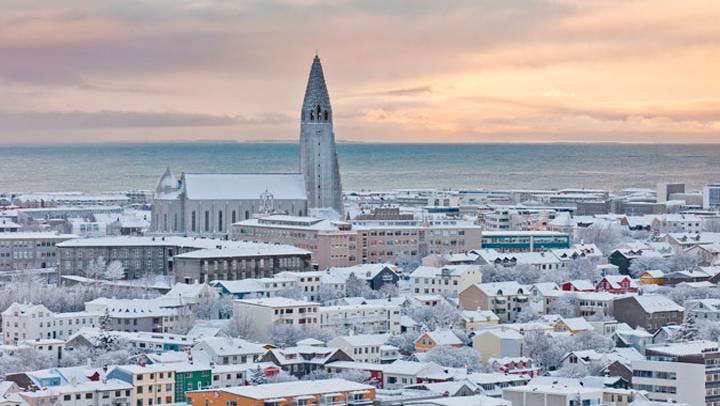 Reikiavik, la ciudad donde no cesa de nevar pero sus calles siempre están limpias