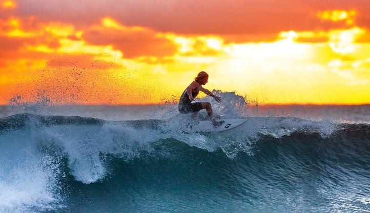 Planea tus vacaciones con actividades como el surf