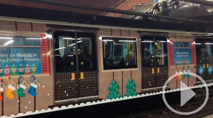 El tren de la Navidad de Metro de Madrid recorre la Línea 6
