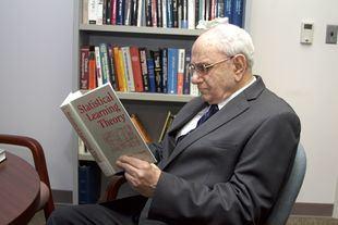 Vladimir Vapnik, uno de los tres investigadores premiados.