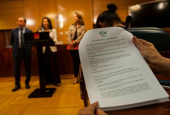 Rocío Monasterio, en la rueda de prensa donde ha expuesto el documento de Vox para formar gobierno.