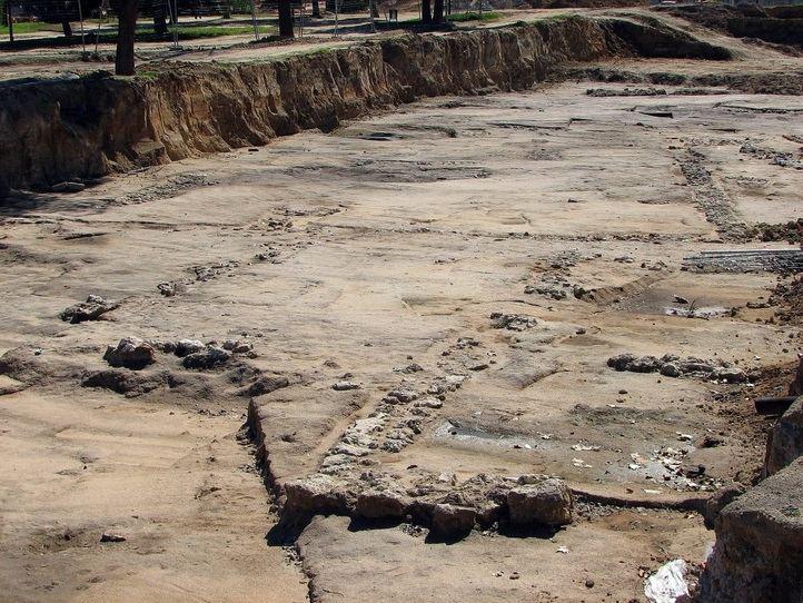 Fotografía realizada en 2005 con los restos visibles
