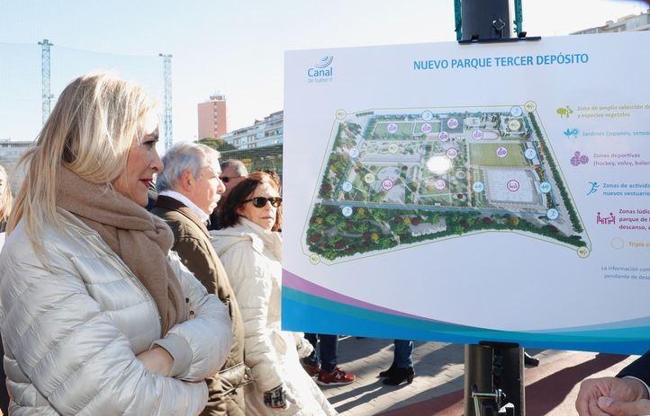Cristina Cifuentes presenta el Parque Tercer Depósito, en las instalaciones del campo de golf de Chamberí que se demolerán