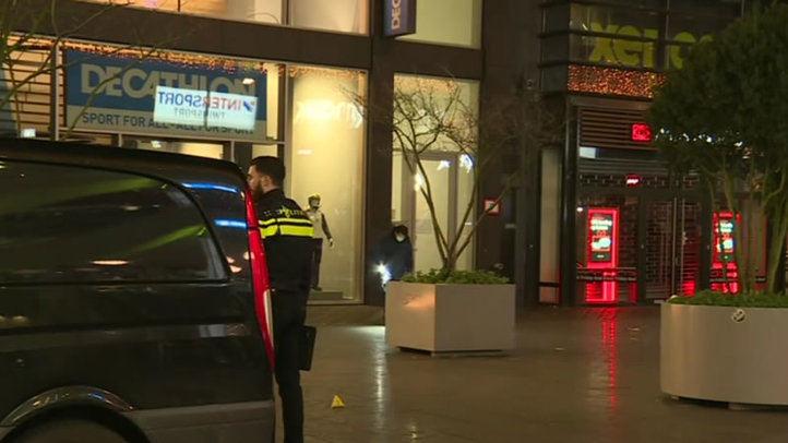 3 heridos en ataque con arma blanca en La Haya que se investiga como posible terrorismo
