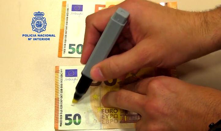 La Policía avisa: El uso del rotulador detector de billetes falsos no siempre es efectivo