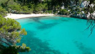 La Cala Macarella, en Menorca, elegida como la mejor playa española