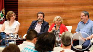 Manuela Carmena presenta el informe de la mesa de trabajo sobre el CIE de Aluche