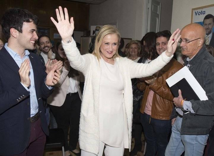Cristina Cifuentes se proclama vencedora de las primarias del PP