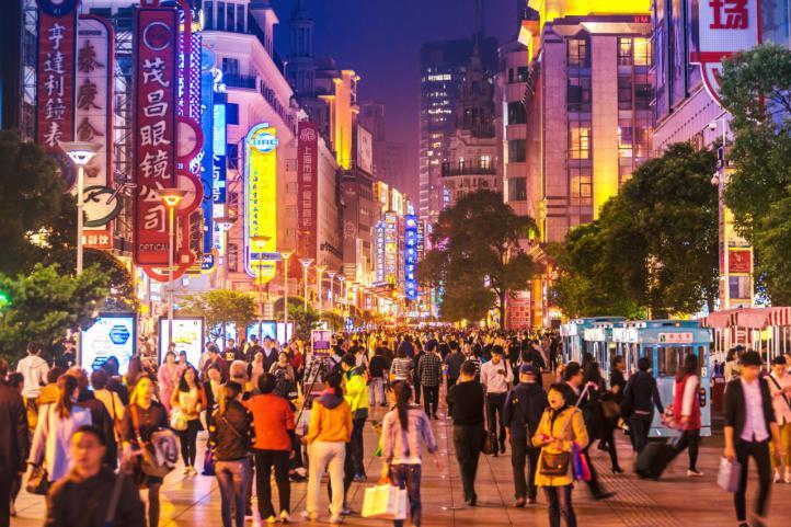 España podría recibir hasta medio millón de turistas chinos este año.