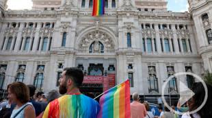 Manuela Carmena pide a París que Madrid sea por unos días