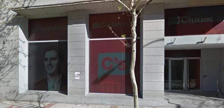 Ciudadanos quita las fotografías de Rivera de su sede en Madrid