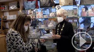 Siete de cada diez españoles comprarán en comercios locales en Navidad