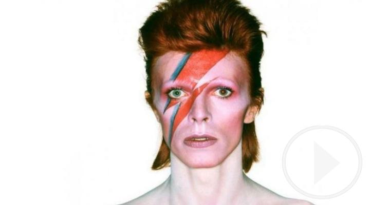 Fans de David Bowie le recuerdan en el día de su cumpleaños